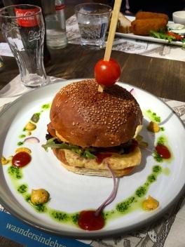 Cheeseburger time!