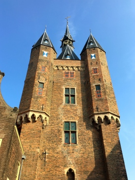 Sassenpoort: City Gate.